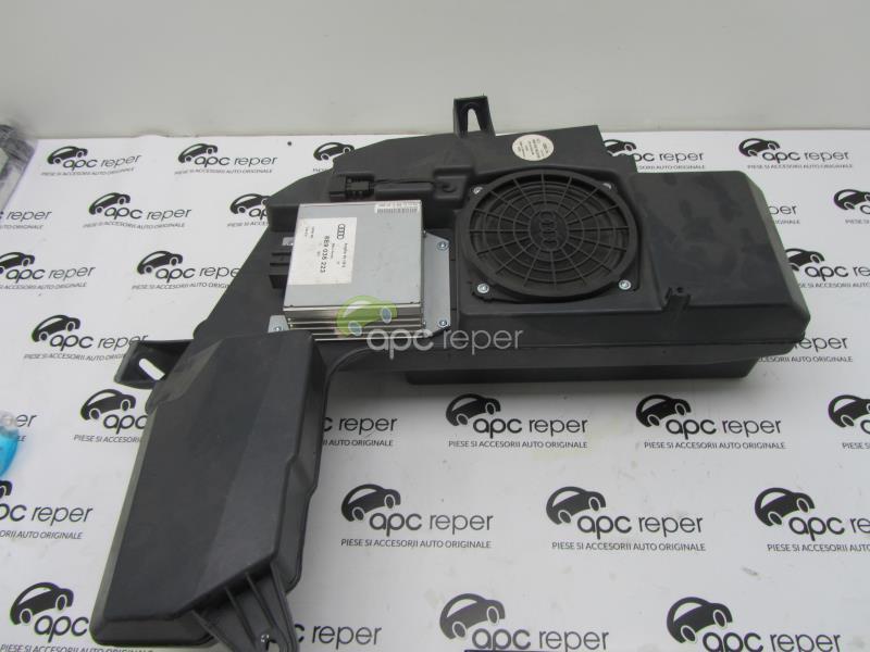 Difuzor bass Audi A4 8E B6 Avant cod 8E9035382 cu amplificator 8E9035223
