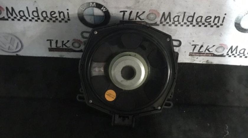 Difuzor bass podea stanga fata bmw X5 e70