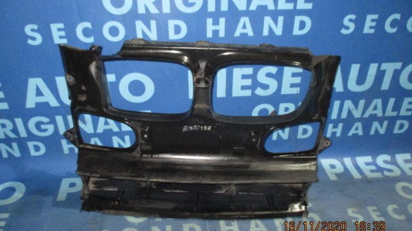 Difuzor radiator BMW E39 525d; 8159959
