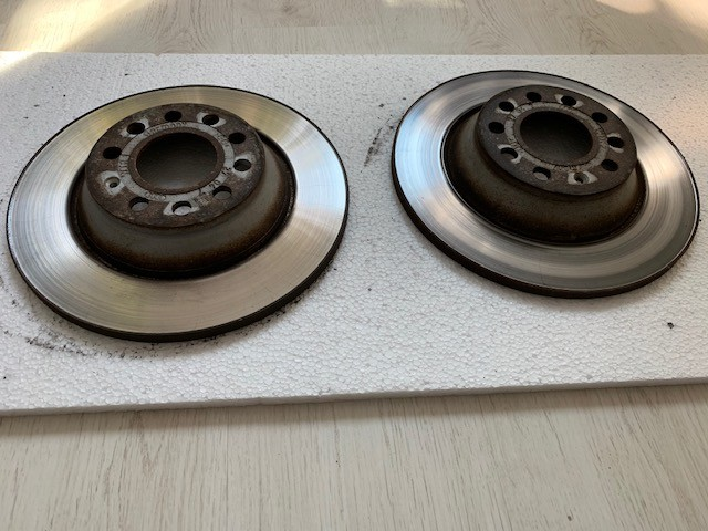 Discuri de frana Fata originale Audi A6 2.0 TDI - 75 ron Made in Germany