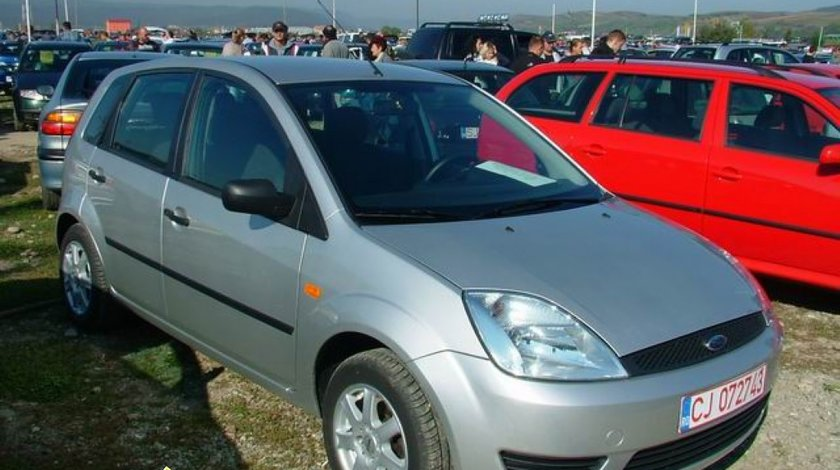 Discuri farna fata de Ford Fiesta 1 3 benzina 1297 cmc 44 kw 60 cp tip motor BAJA