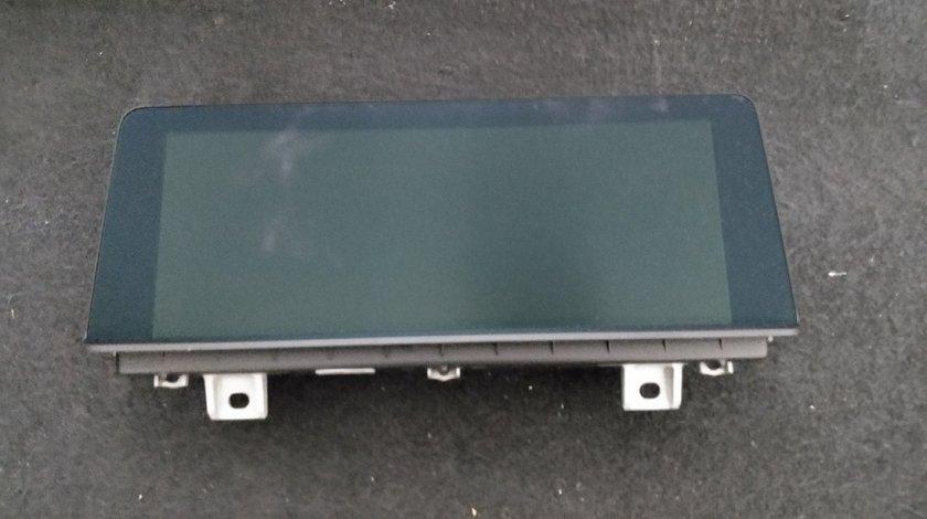 Display central 8.8 TOUCH BMW Seria 1' F20 F21 / 2' F22 F23 / 3' F30 F31 F34 / 4' F32 F33 F36