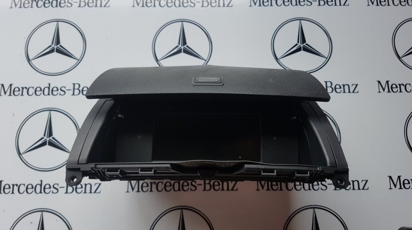 Display Mercedes C Class W204