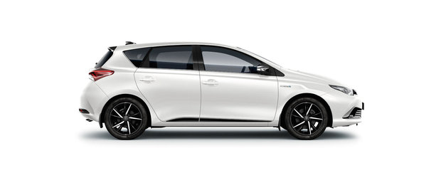 Disponibila in Romania: Toyota Auris Hybrid Black Edition