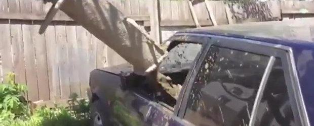 Doar in Rusia: Ce patesti atunci cand blochezi pe cineva in parcare