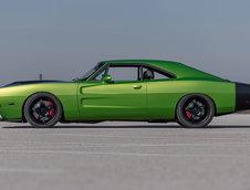 Dodge Challenger Hellcat cu caroserie de Charger din 1969