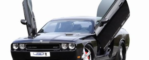 Dodge Challenger SRT8 by KW