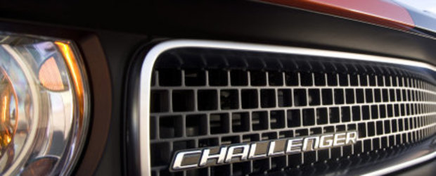 Dodge Challenger SRT8 necamuflat