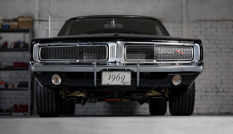 Dodge Charger din '69