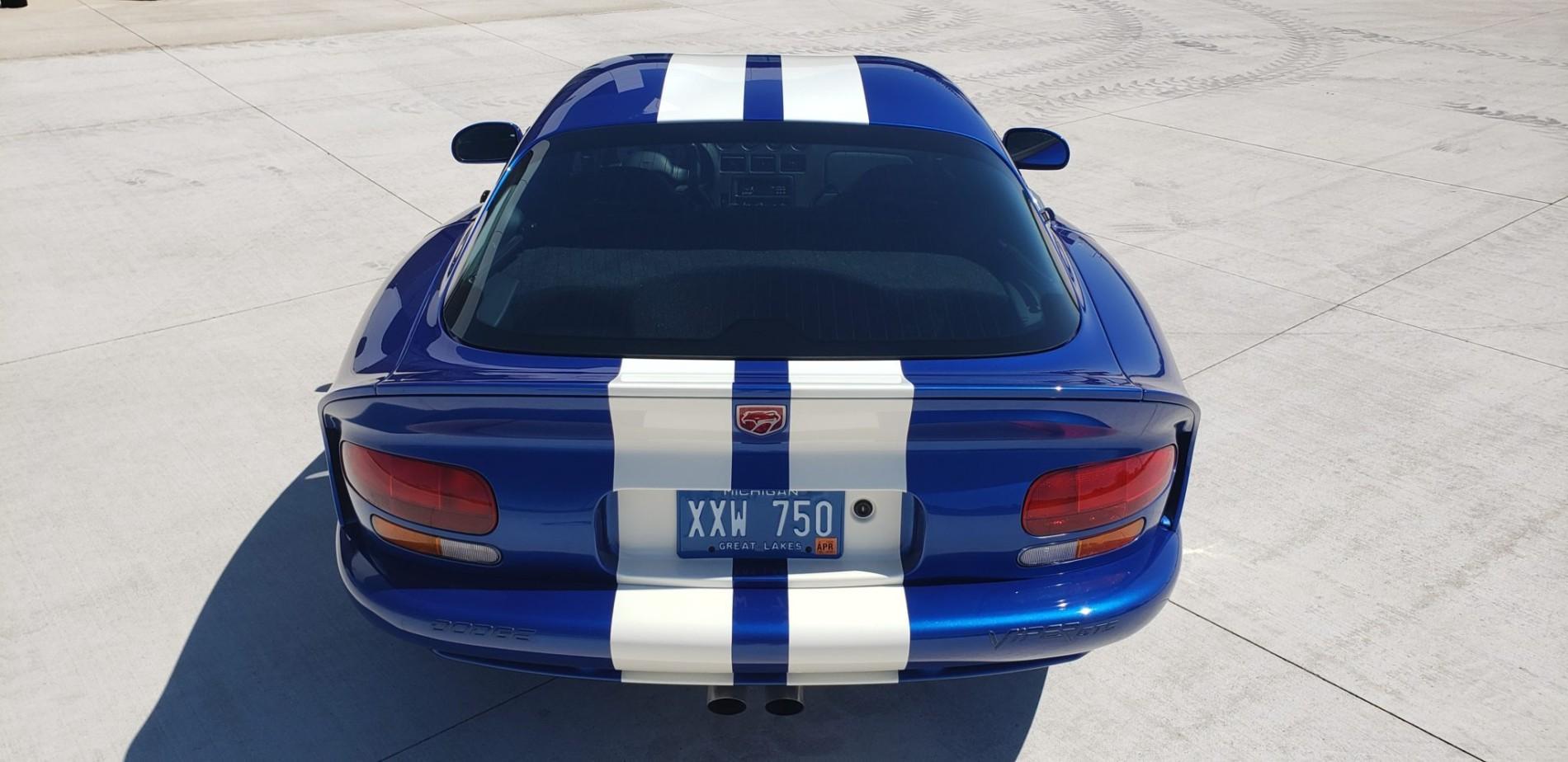 Dodge Viper GTS cu 59 de kilometri - Dodge Viper GTS cu 59 de kilometri