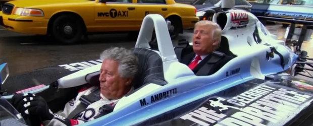 Donald Trump se urca intr-o masina de Formula 1 alaturi de Mario Andretti
