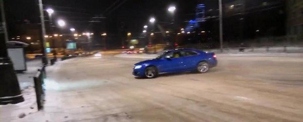 Drift cu final nefericit pentru un Audi S5 si soferul sau rus