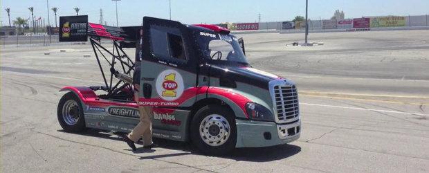 Drifturi cu un camion de peste 4 tone si 2.000 cai putere