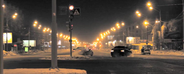 Drifturi si curse ilegale: Scurt documentar despre teribilistii / pasionatii auto din Rusia