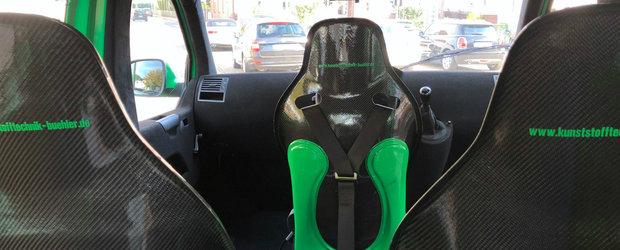 Duba asta cu motor de Porsche si scaune din carbon este nebunie curata dar costa o mica avere