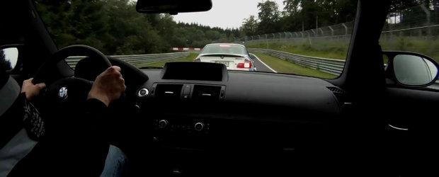 Duel fierbinte la Nurburgring: BMW Seria 1 M Coupe versus BMW M3 CSL