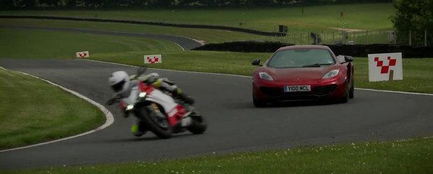 Duel pe Circuit: Ducati 1199 Panigale S versus McLaren MP4-12C
