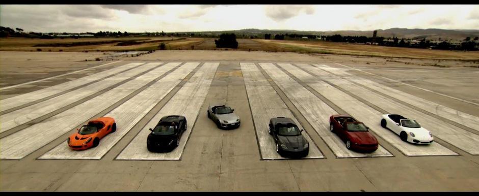 Duelul decapotabilelor: Mazda MX-5 se ia la intrecere cu cele mai impresionante cabriolete