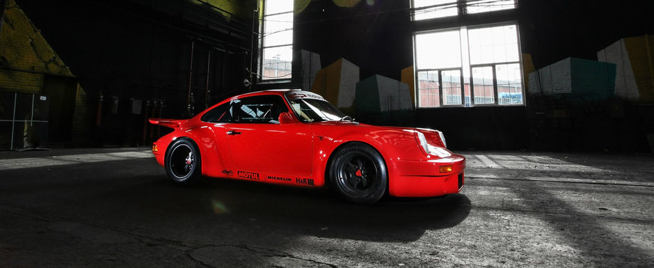 Dupa 1.000 de modificari si multe ore de munca a rezultat o frumusete de Porsche