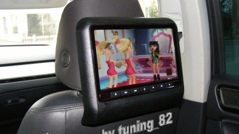 DVD PLAYER AUTO DE TETIERA CARTEK CK DV9917 NEGRU LCD 9'' USB / SD PLAYER REZOLUTIE HD JOCURI Montaj