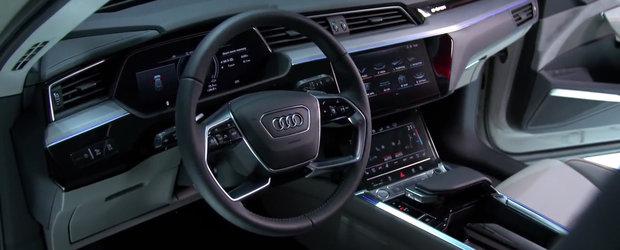 E mult peste ce ofera BMW sau Mercedes. Noua masina de la Audi are trei display-uri in bord si camere video pe post de oglinzi