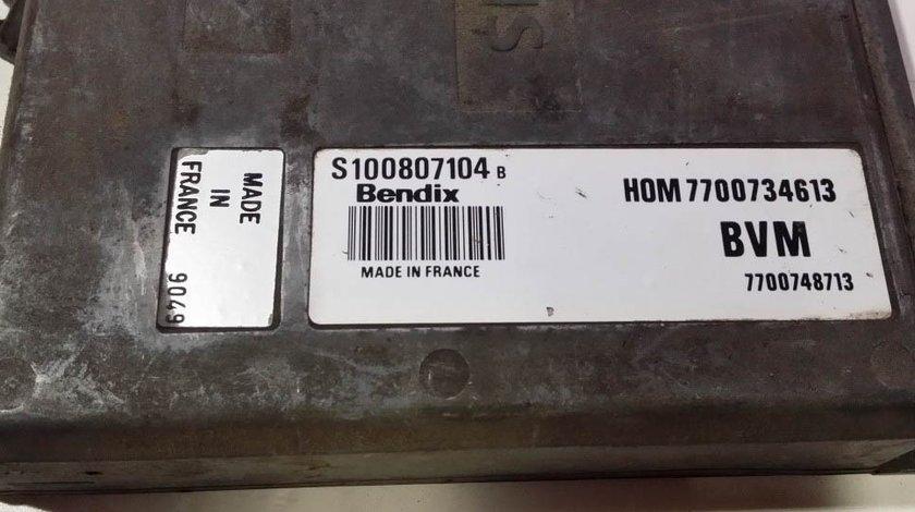 ECU Calculator motor Renault Espace 2.2 S100807104B, HOM7700734613