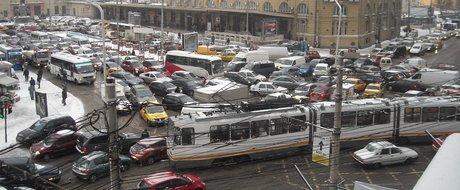 Editorial: 10 motive pentru care avem un trafic de rahat in Bucuresti