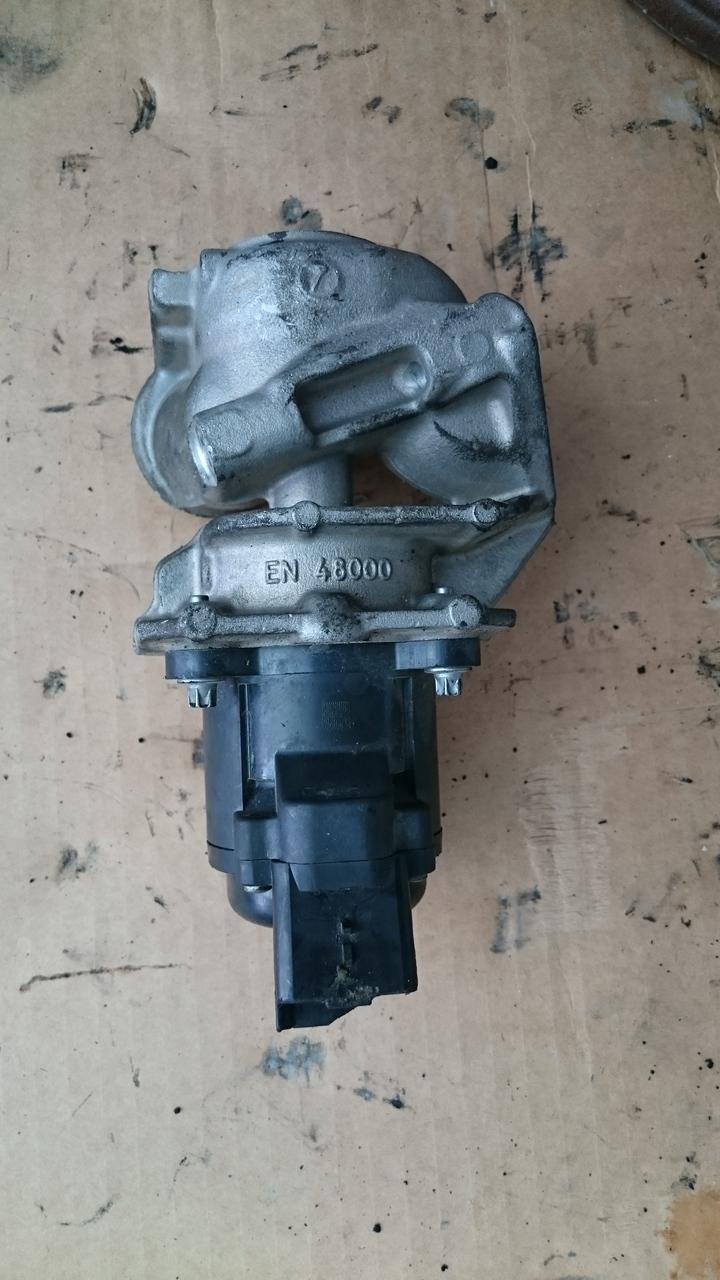 EGR 21604679-9 Citroen Ford Peugeot  1.6HDI Cod 9685640480