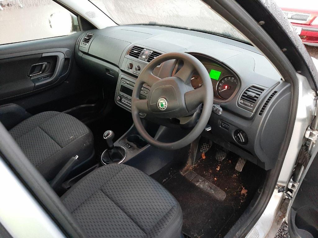 EGR Skoda Fabia 2 2013 Hatchback 1.2 i