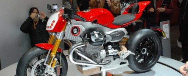 EICMA 2009: Moto Guzzi si cei trei muschetari: V12, V12 LM si V12 Road X