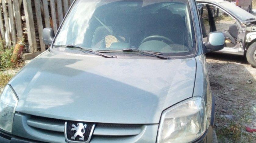 Electroventilator racire Peugeot Partner 2006 Monovolum 2.0