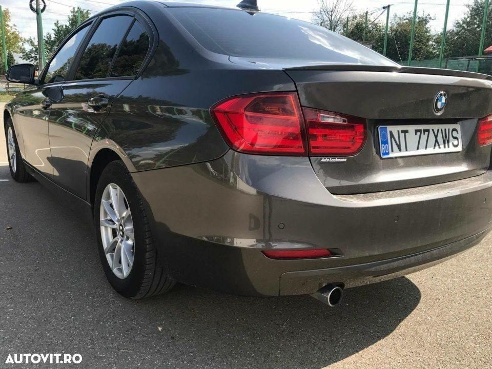 Eleron F30 BMW seria 3 model portbagaj M3 Banda inclusa