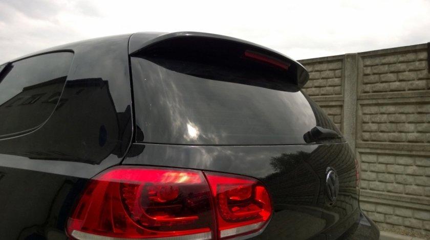 Eleron haion VW Golf 6 model GTI din fibra de sticla