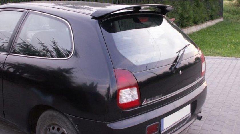 Eleron hayon luneta Mitsubishi Colt CJ0 1995 2003