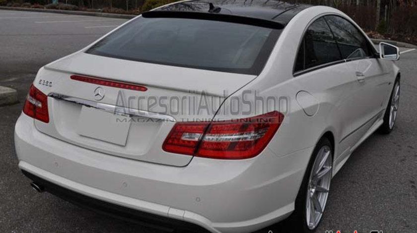 Eleron luneta Mercedes C207 E Class COUPE 2010-2016