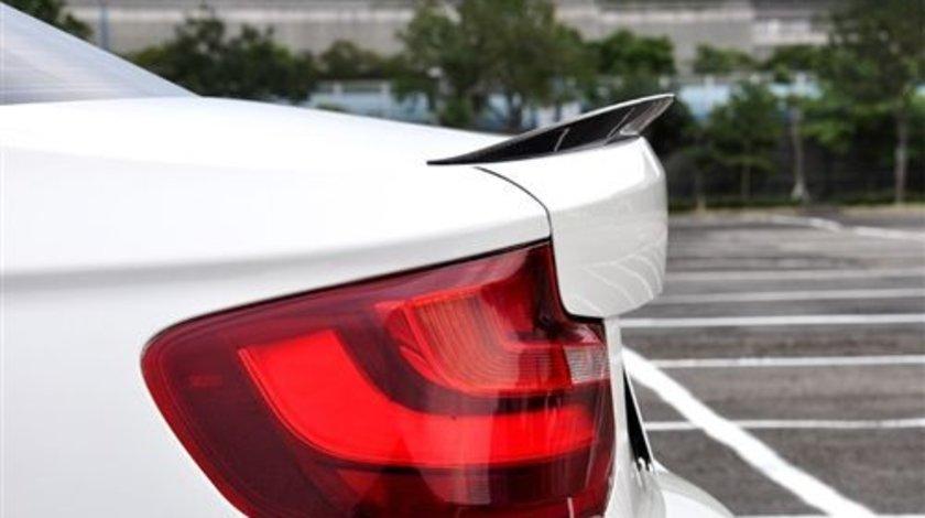 Eleron portbagaj BMW seria 2 F22 material fibra carbon