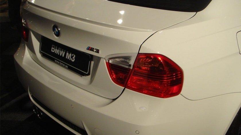ELERON PORTBAGAJ BMW SERIA 3 E90 M3 DESIGN