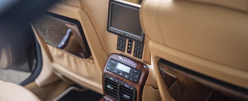 Elton John si-a scos la vanzarea vechea limuzina de lux. Masina din 2005 are motor de Ferrari