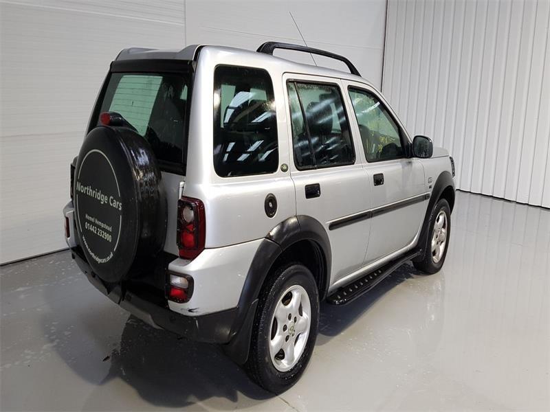 Emblema fata Land Rover Freelander 2004 suv 2.0
