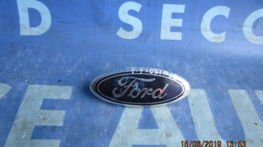 Emblema Ford Fiesta 2004;  2S61A425A52AA (spate)