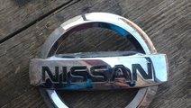 Emblema Nissan X-Trail