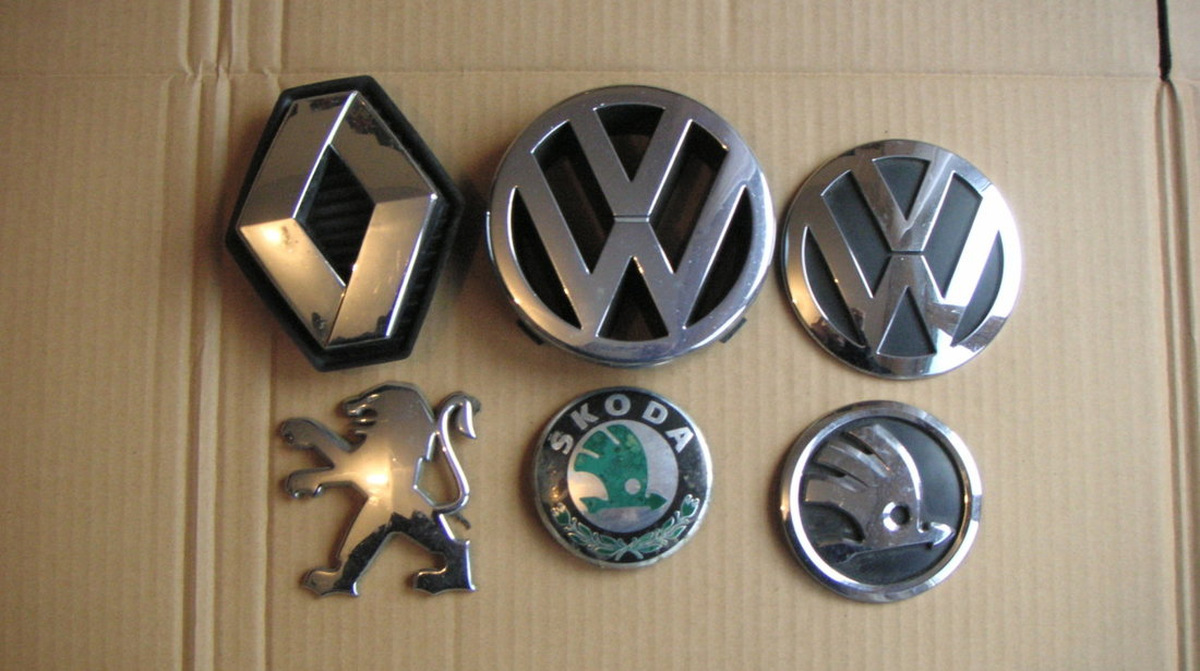 Emblema sigla grila radiator VW Golf 4, Bora, Jetta, Polo (2002-2005) cod 1J5853601A
