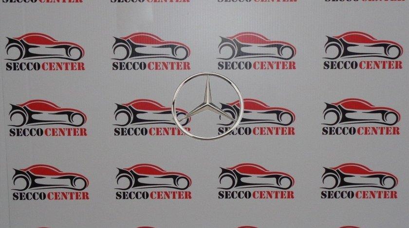 Emblema spate Mercedes C Class W202 1997 1998 1999 2000