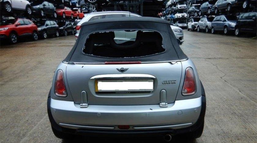 Emblema spate Mini Cooper 2005 cabrio 1.6