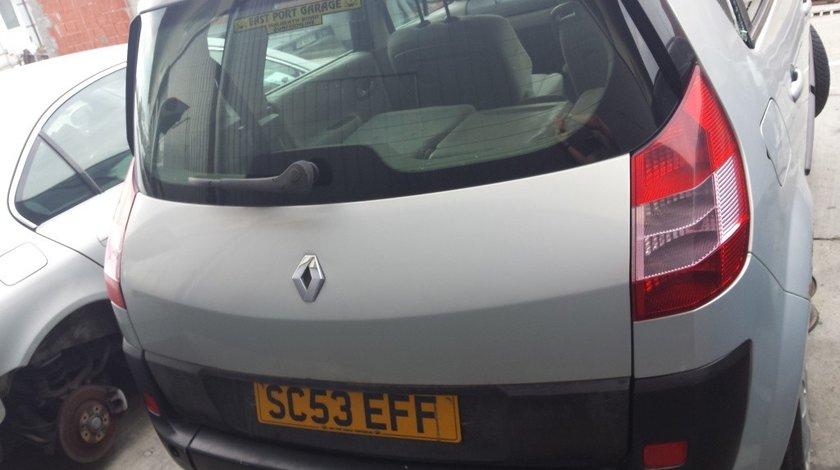 Emblema spate Renault Scenic II 2008 Hatchback 1.6i