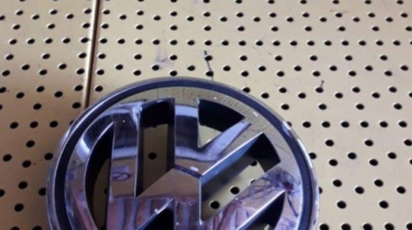 Emblema Volkswagen Golf V (MK5 / A5, Tip 1K; 2003-2008) oricare 3C0853600A 1K5853600MQH