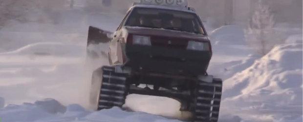 Eroul zilei: Si-a transformat Lada in tanc si acum sare in ajutorul masinilor inzapezite