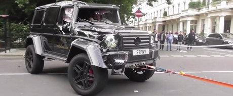 Este de nerecunoscut. Masina germana de peste 250.000 de euro, facuta praf de o... Toyota Prius
