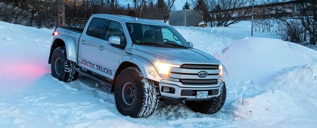 Este primul Ford F-150 modificat de Arctic Trucks. Acum merge oriunde si face orice vrei tu
