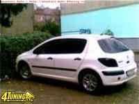 Etrier dreapta fata Peugeot 307 2 0 HDI an 2004 1997 cmc 66 kw 90 cp tip motor RHY motor diesel PEUGEOT 307 dezmembrari Bucuresti